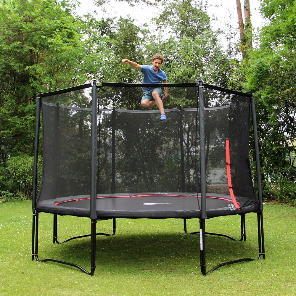 retrouvez les comparatifs des meilleurs trampolines du march. Black Bedroom Furniture Sets. Home Design Ideas